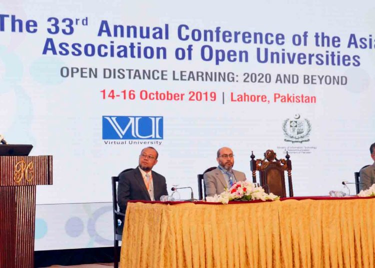 Copyright should not be implemented on academic material, says president