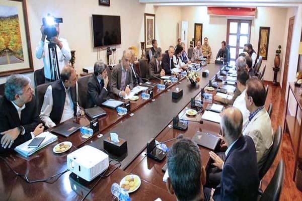 PM tasks economic team to focus on construction, SMEs