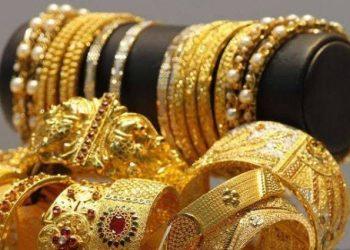Bulls lift PSX index but 24 karat gold price decreases