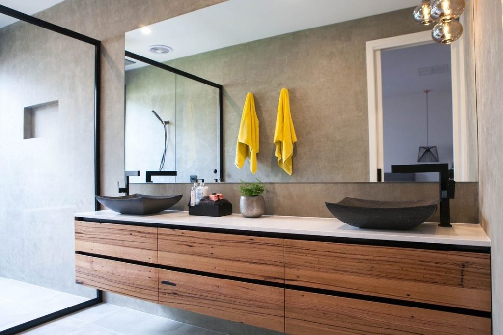 UNEP asks consumers to examine products in their bathrooms