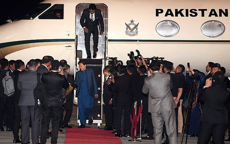 Malaysian Minister for Defence Mohamad Sabu and senior officials received Prime Minister Imran Khan at Kuala Lumpur International Airport