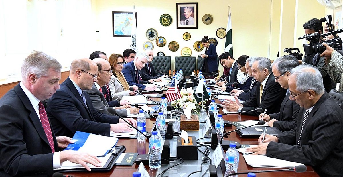 Adviser on Commerce, Textile, Industries and Production and Investment Abdul Razak Dawood in a meeting with US Commerce Secretary Wilbur Ross along with his delegation in Islamabad.