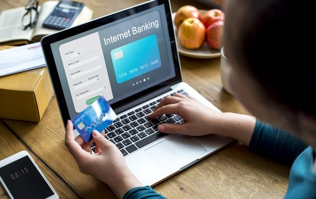 Legal and ethical issues related to e-commerce-min